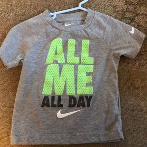 Nike 3T T-shirt. Excellent condition!!